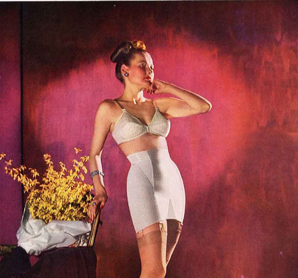 Warners-Le-Gant-Girdle-and-bra-ad-1947
