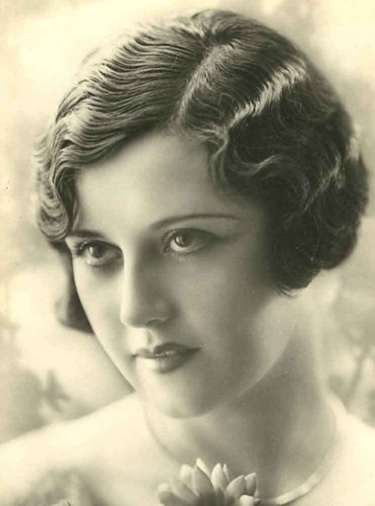 1920's-Hairstyles---The Marcel Finger Wave hairstyle