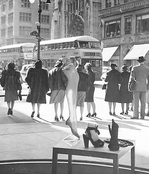 1940s fashion New York Street