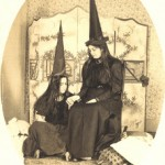 Witches Glamour – Halloween Fashion from 1900 to 1960
