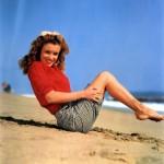 Norma Jean vs Marilyn Munroe