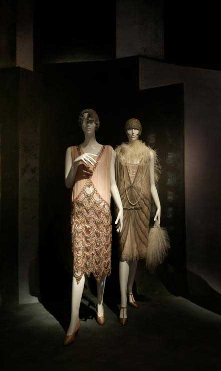 1920's Fashion - The Rise and Fall of the Flapper Style ...