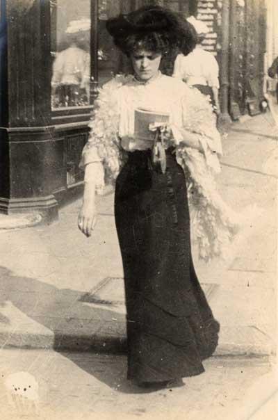 Edwardian 1900s Street Fashion Images - by Edward Linley Sambourne3