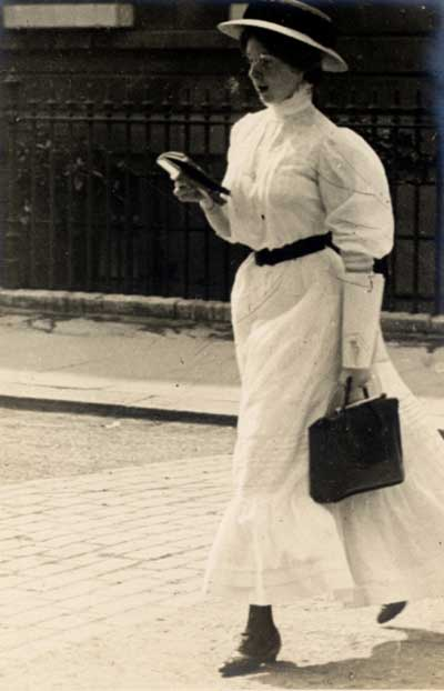 Edwardian 1900s Street Fashion Images - by Edward Linley Sambourne2