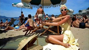 Grace-Kelly--To-catch-a-thief---yellow-swimsuit-and-cats-eye-sunglasses
