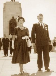 Queen_Elizabeth-1954