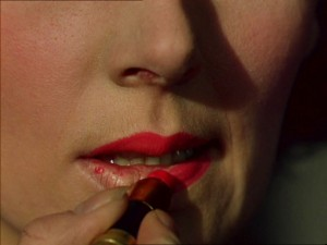 1940s-lipstick---Kathleen-Byron-in-Black-NarcissusB