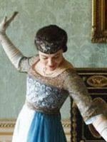 Lady-Sybil-in-Poiret-style-harem-pantsb