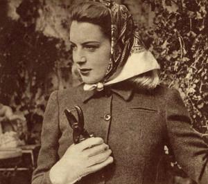 Deborah-Kerr-models-a-1940s-Utility-Jaeger-suit-1