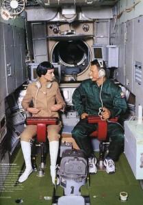 cosmonaut-fashion-arthur-elgort1-Natalia Semanova