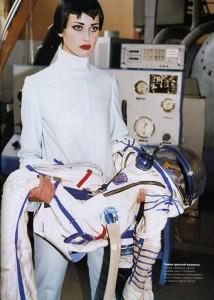 cosmonaut-fashion-arthur-elgort3