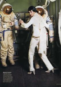 cosmonaut-fashion-arthur-elgort7-Natalia-Semanova