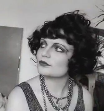Clara-Bow-Makeup-Tutorial---1920's-Hollywood---Courtney-Green6