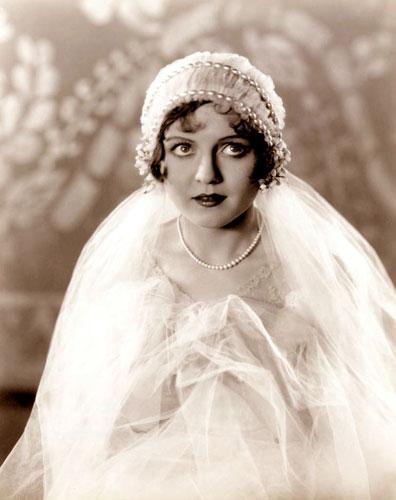 Be a 1920\'s Gatsby Bride | Glamour Daze