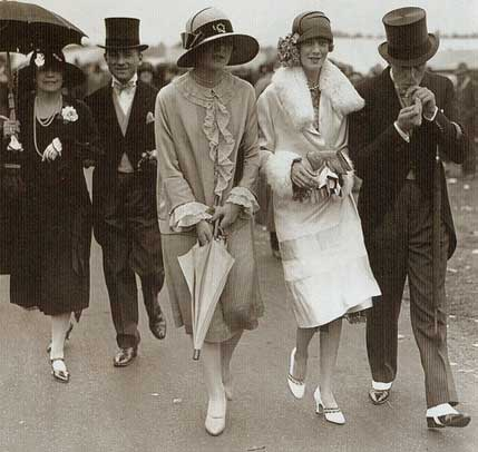 1920s Fashion Us Banks Ban Flappers 1922 Report Glamourdaze