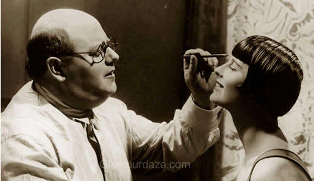 1920s-makeup--Louise-Brooks
