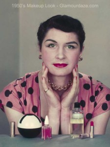 1950s-woman-and-make-up