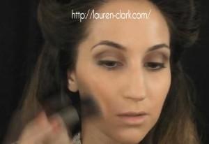 Lauren-Clark-1940s-makeup-tutorial---rouge