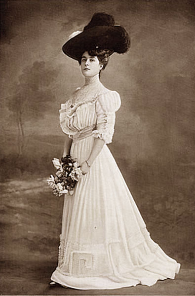 1900's Fashion – Edwardian Summer Gowns 1905