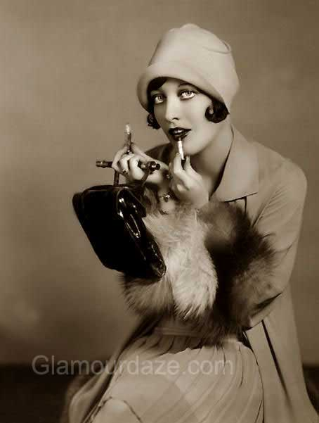The History Of 1920s Makeup 1920 To 1929 Glamour Daze