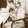 Josephine-Baker-Putting-On-Makeup-in-1928