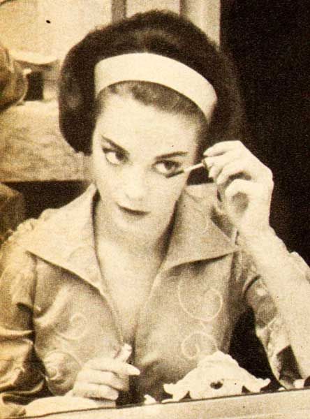 Natalie Wood S 5 Step 1960 S Makeup Routine Glamourdaze