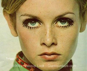 Twiggy and her lashes!