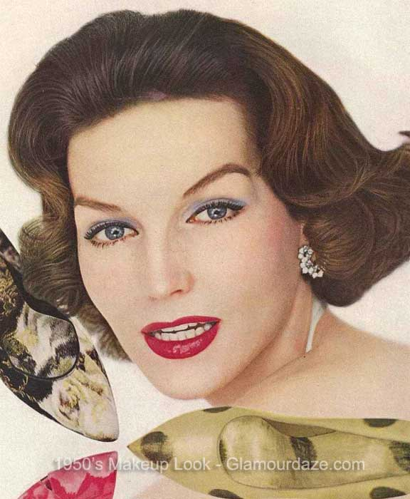 Vogue-1950s-makeup-look--glamourdaze3