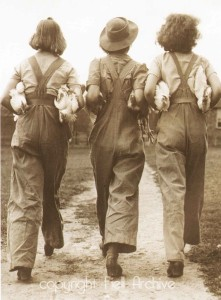 1940s-FASHION-3-land-girls
