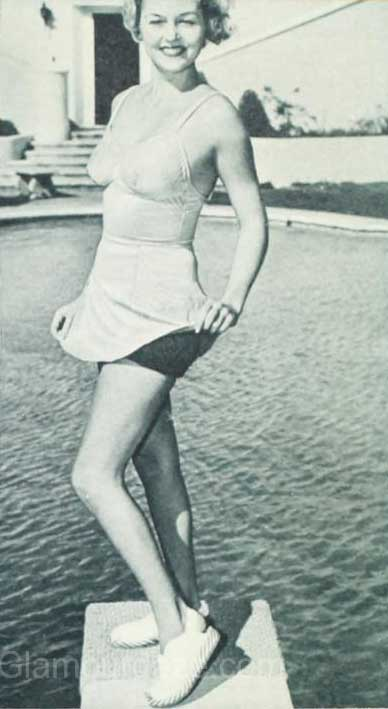 1940s-fashion---Hollywood-stars-swimwear-styles--Patricia-Ellis
