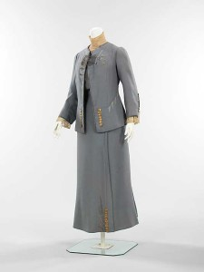 Paquin-summer-walking-suit--1910---Metropolitan-museum-of-art