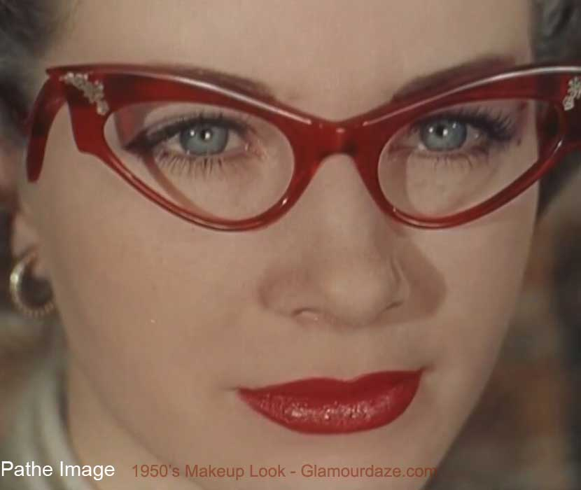 7a34124aa7 girls-who-wear-glasses---1950s-eye-makeup-. Girls who wear glasses – vintage  ...