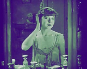 The-Flapper-Makeup-Routine-Colleen-Moore