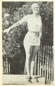 1920s-fashion---Hollywood-swimsuit-styles-1928-b