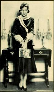 1930s-fashion---Carole-Lombard-Dress pointers