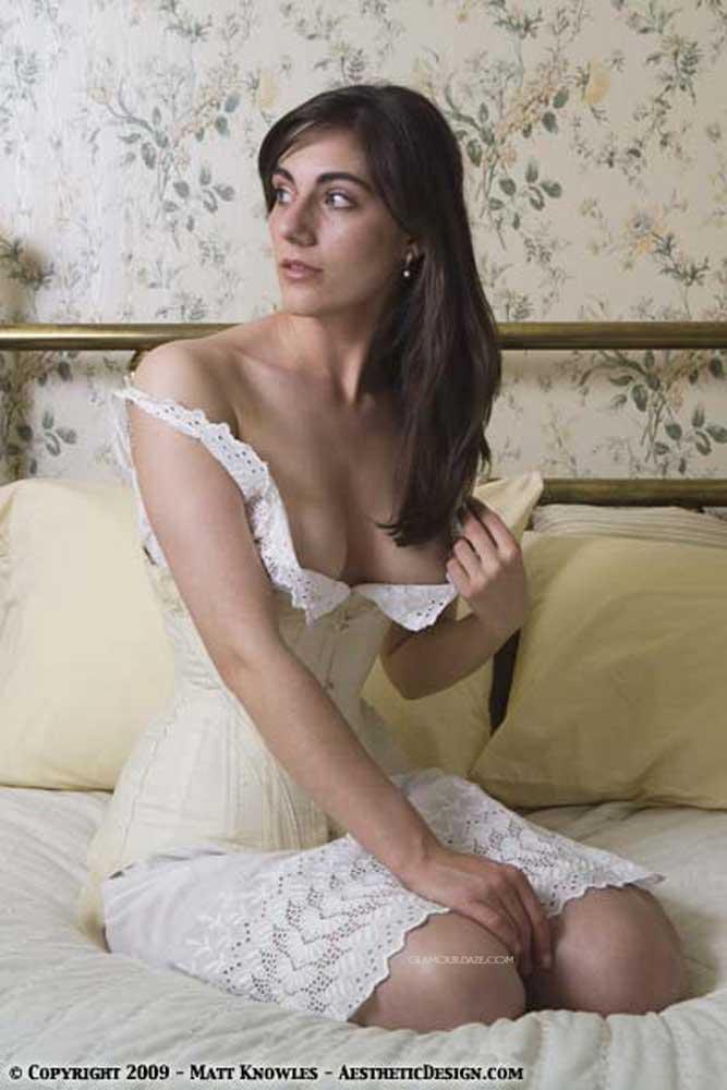 What Lingerie Did Women Wear In 1909 Glamour Daze