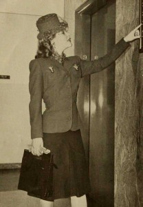 1940-Autumn-wardrobe---career -suit and jacket