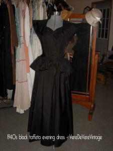 1940s-black-taffeta-evening-dress---VereDeVereVintage