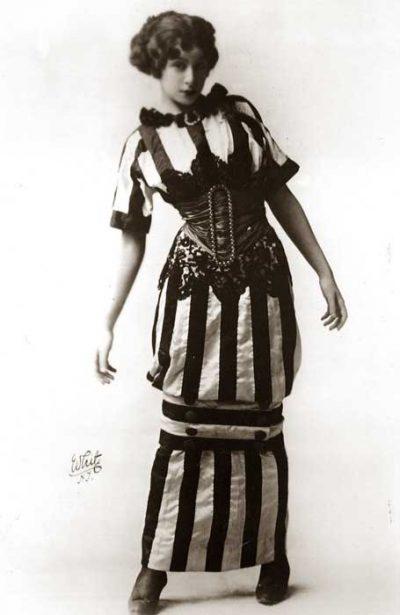 hobble-skirt--1910