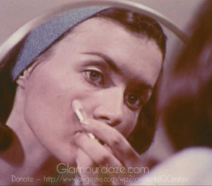 Vintage-1960's-Makeup-Tutorial-Film23---blemish-covers