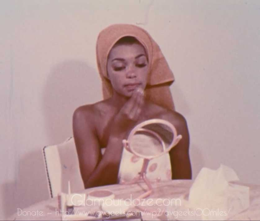 Makeup  from makeup  for Vintage dark skin Video Tutorial Glamourdaze  tutorial 1969