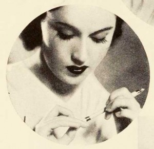Fay-Wray---1930s-Hollywood-Beauty-Secrets---nail-polish