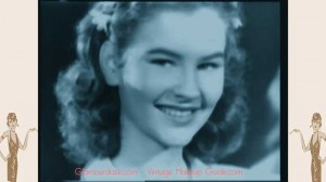 1940s Teen Fashions - Archive film from 1943