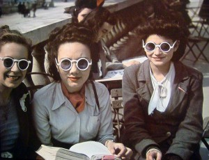 Three-women--Paris-WWII---Andre-Zucca