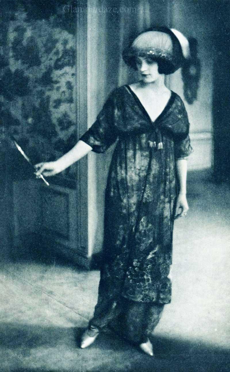 1910s Fashion – The World's First Fashion Photo Shoot.
