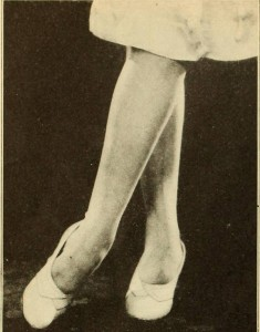 1920s-Fashion---Flappers!-Look-to-your-Legs!