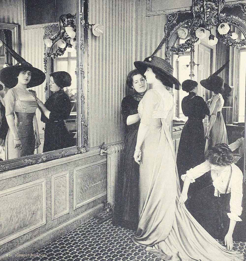 Fashion 1910 To 1920 - House of paquin a fitting paris
