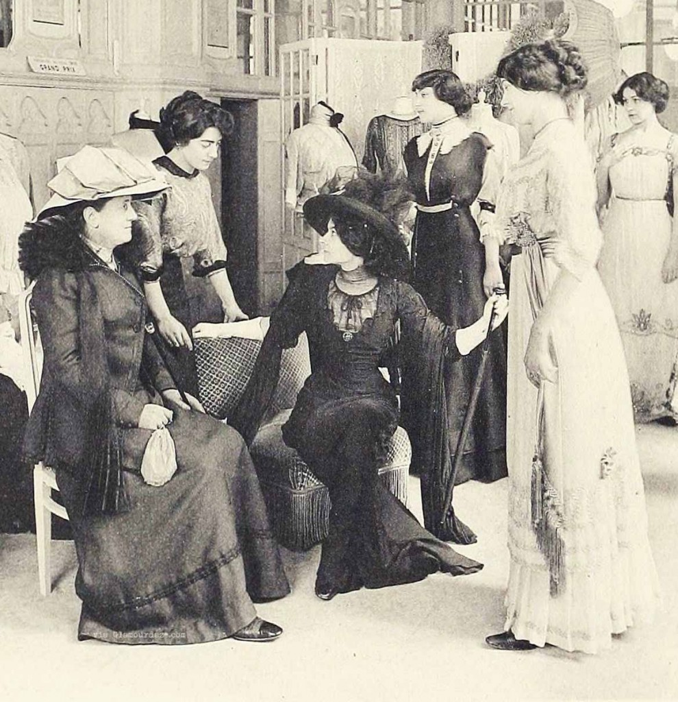House-of-Redfern---Galerie-de-vente---Paris-fashion-1910