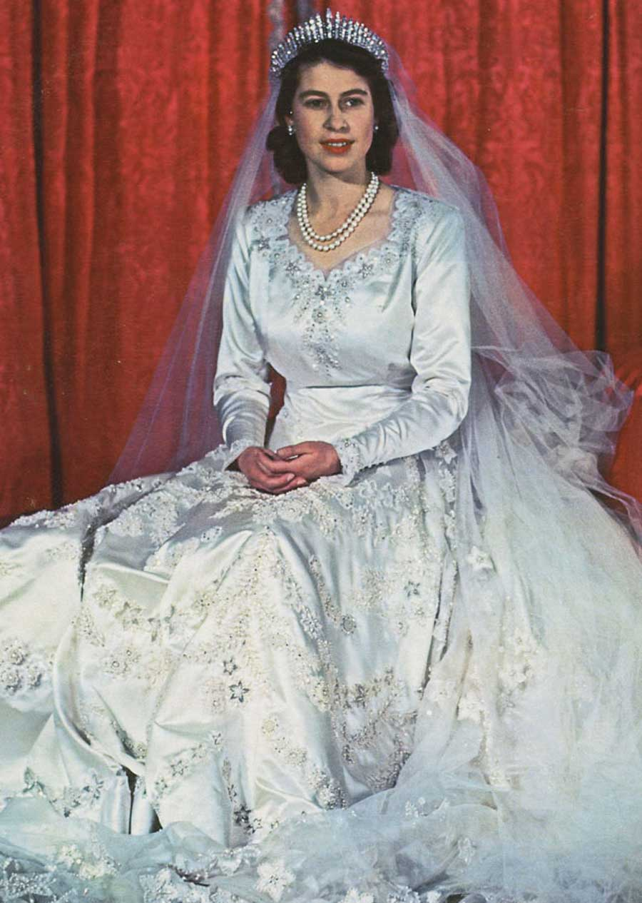The queen 39 s couturier glamourdaze for Wedding dresses norman ok