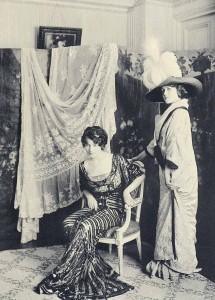 Paris-Fashion---1910-salon